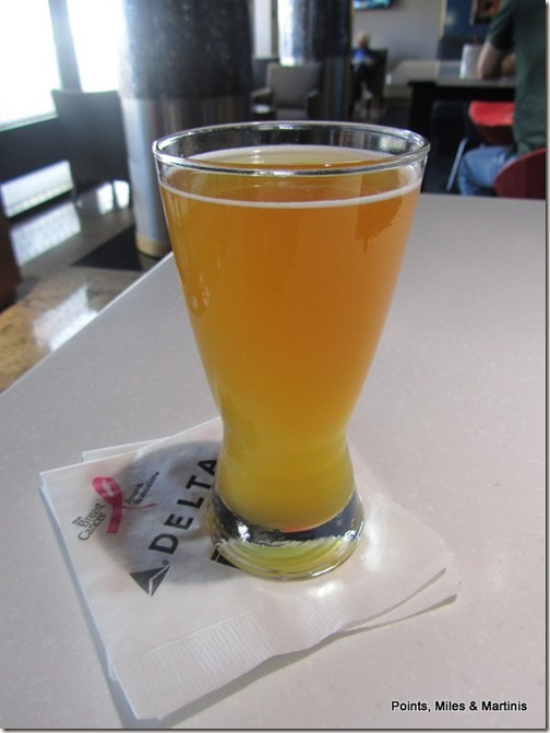 DL JFK Lounge Blue Moon